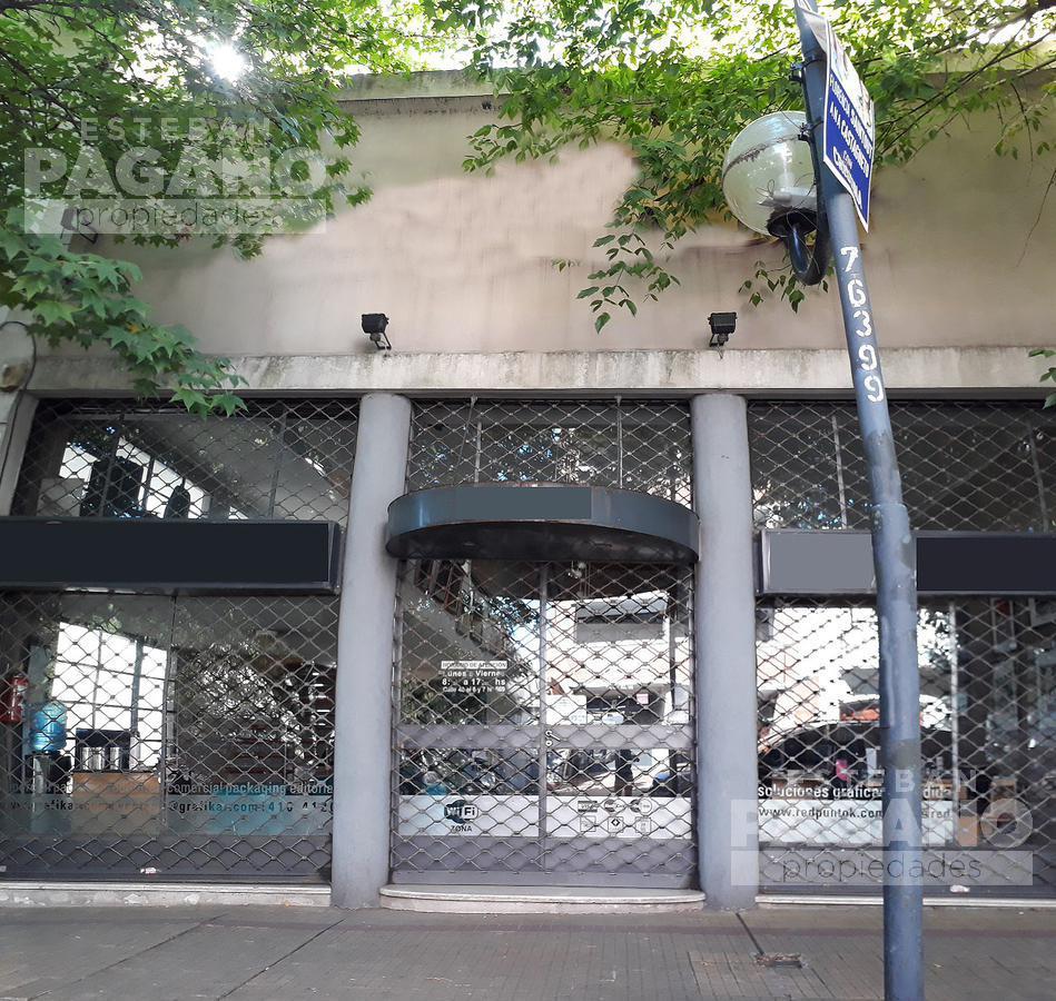 Foto Local en Venta en  La Plata ,  G.B.A. Zona Sur  40 e 6 y 7 Nº 569