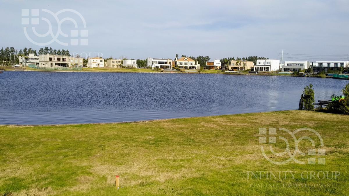 Foto Terreno en Venta en  Las Tipas,  Nordelta  Nordelta, Las Tipas - al agua