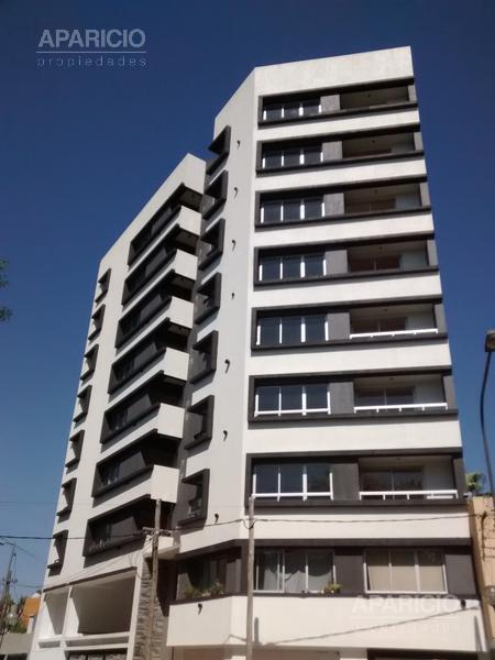 Foto Departamento en Alquiler en  La Plata,  La Plata  19 y 66 ( Plaza Sarmiento )