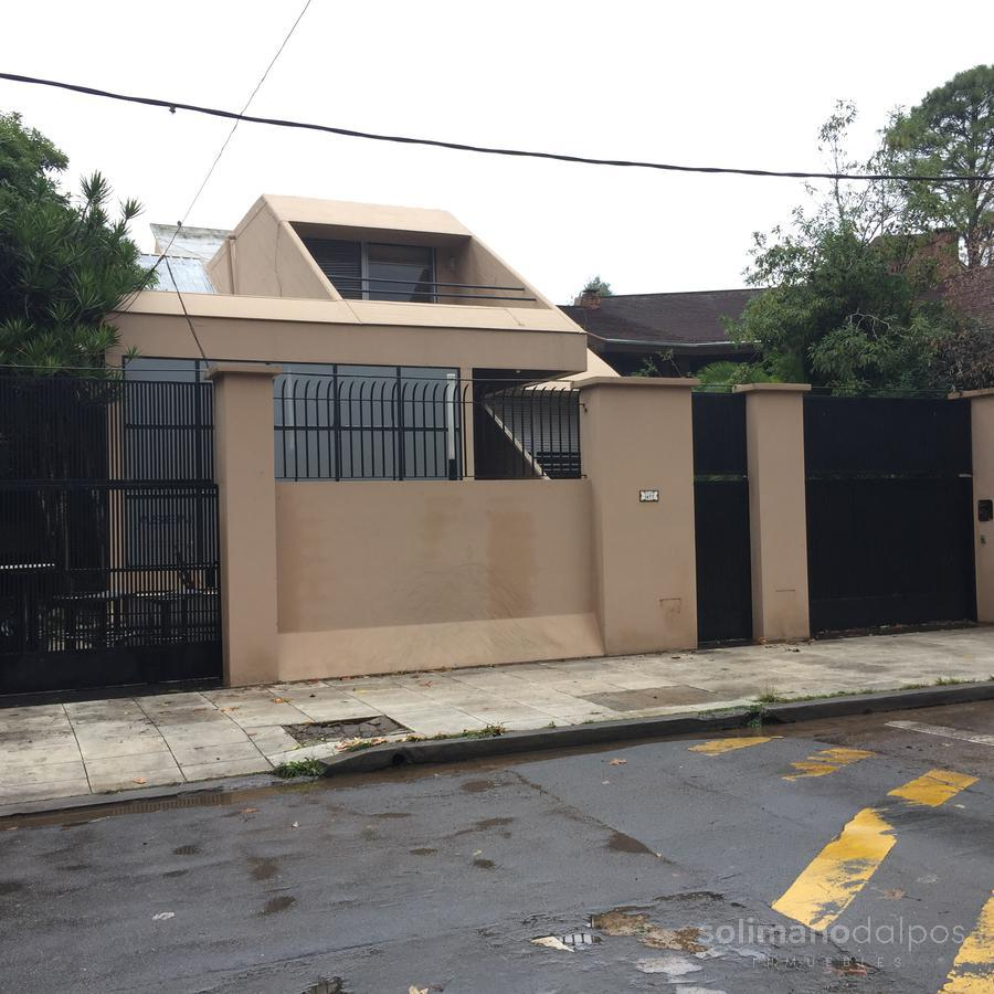Foto Casa en Venta en  Mart.-Libert./Rio,  Martinez  Alvear al 1400