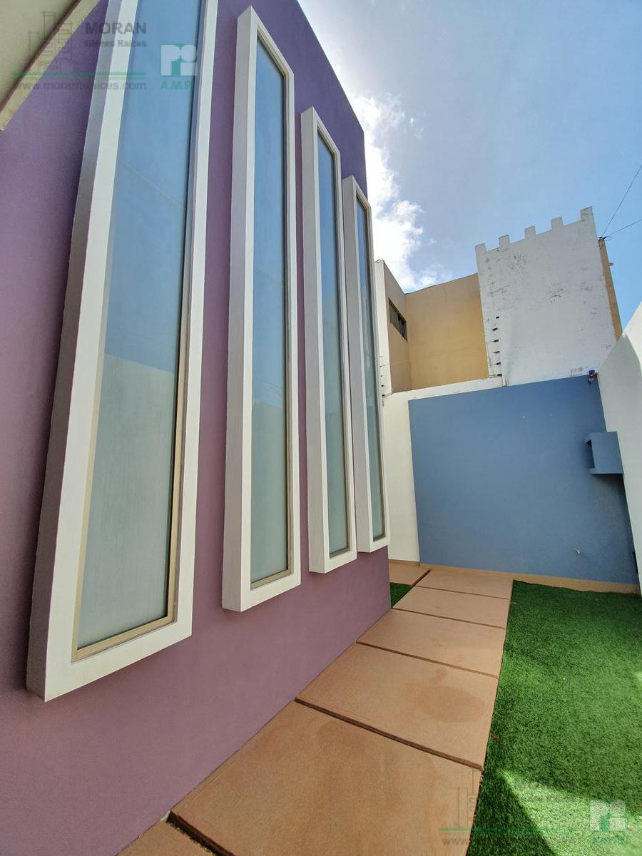 Foto Casa en Venta en  Coatzacoalcos ,  Veracruz  José Luis Cuevas, Fraccionamiento Paraíso Coatzacoalcos
