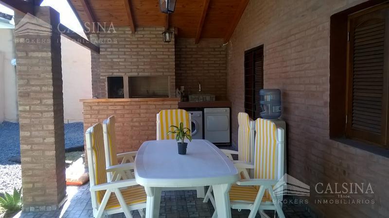 Foto Casa en Venta en  Unquillo,  Colon  Las Moras 50 - Unquillo / Cuadras del Polideportivo
