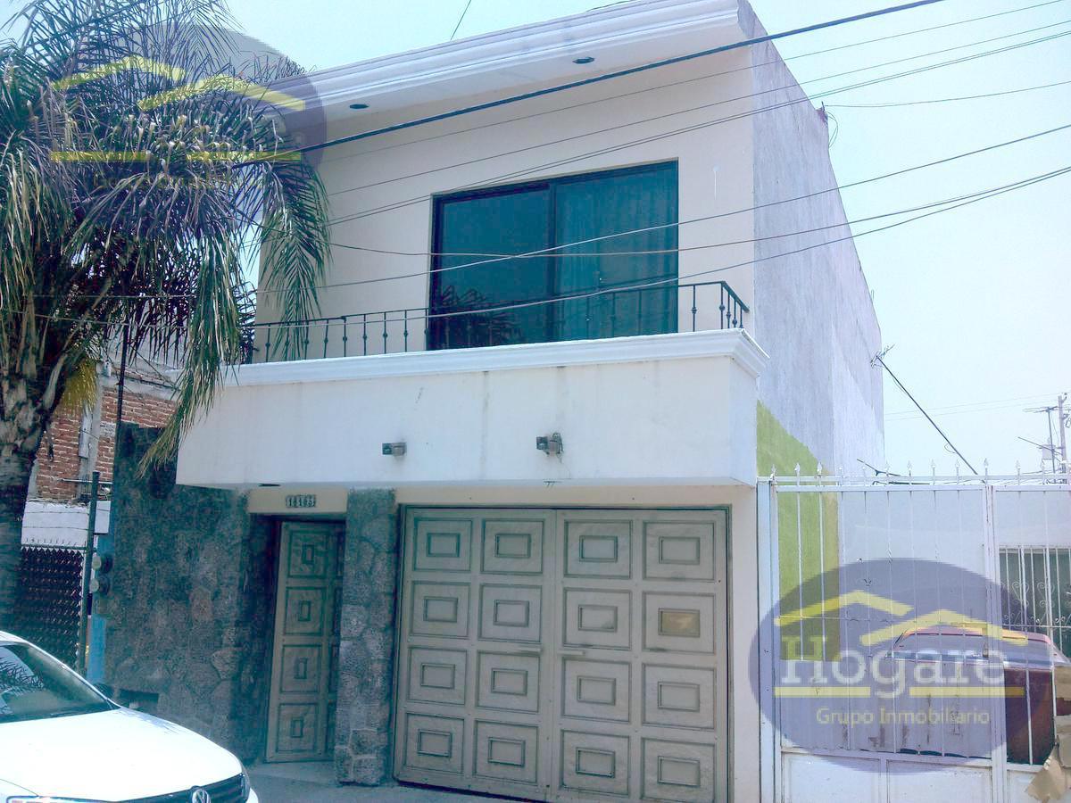 Hermosa Casa en VentaJardines de Echeveste en León, Gto.