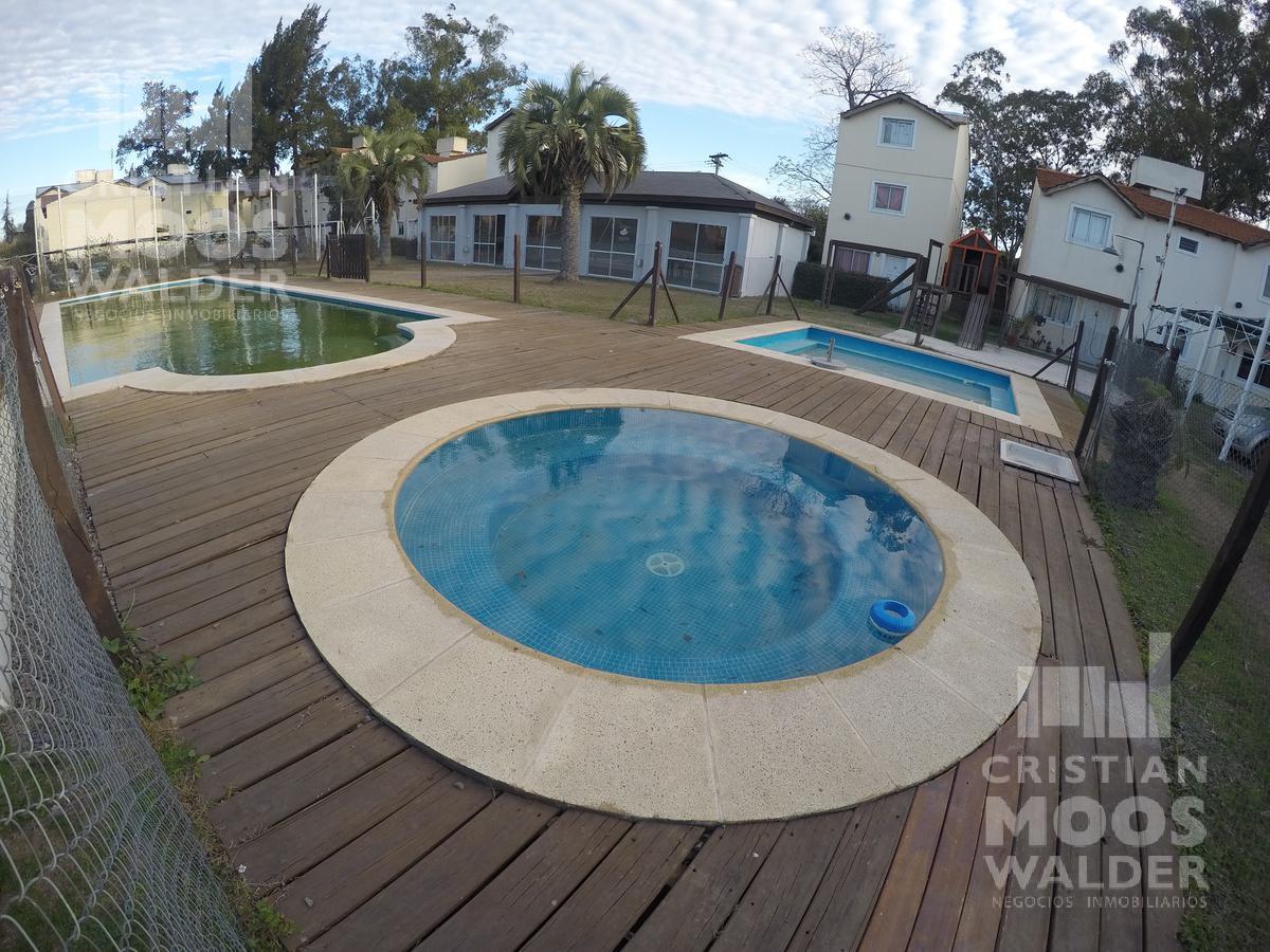 Foto Casa en Alquiler en  Jardines de Escobar,  Countries/B.Cerrado  Jardines de Escobar