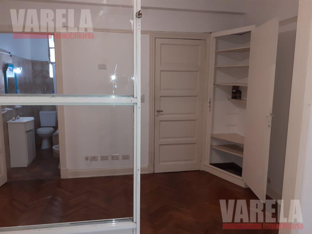 Foto Oficina en Alquiler en  Centro (Capital Federal) ,  Capital Federal  Av. Corrientes 900