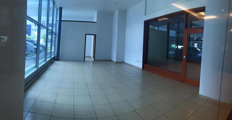 Foto Local en Renta | Venta en  Los Proceres,  Tegucigalpa  Local Comercial En Venta o Renta  Torre Lafise Tegucigalpa