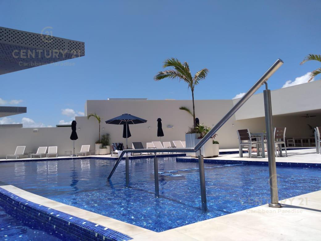 Playa del Carmen Apartment for Sale scene image 6