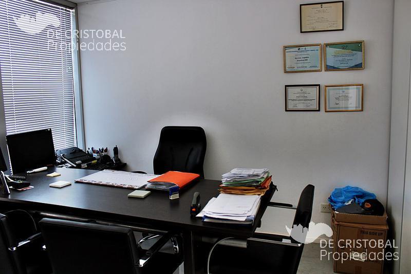 Foto Oficina en Alquiler en  San Isidro,  San Isidro  Garibaldi al 500