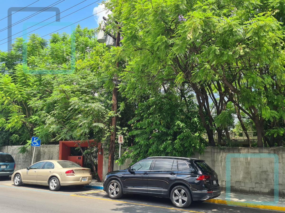 Foto Terreno en Venta en  San Pedro Garza Garcia Centro,  San Pedro Garza Garcia  TERRENO MULTIFAMILIAR EN VENTA EN EL CENTRO DE SAN PEDRO GARZA GARCÍA