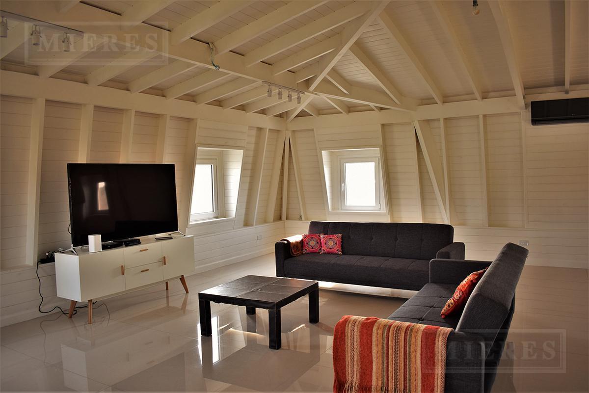 Mieres Propiedades - Casa de 511 mts. en La Lomada