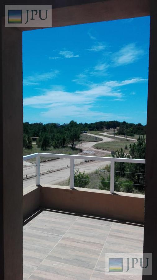 Foto Casa en Alquiler temporario en  Costa Esmeralda,  Punta Medanos  Ecuestre 1