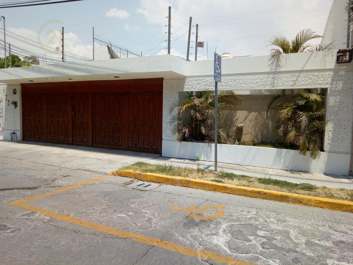Foto Casa en Renta en  Fraccionamiento Jardines del Moral,  León  Fraccionamiento Jardines del Moral