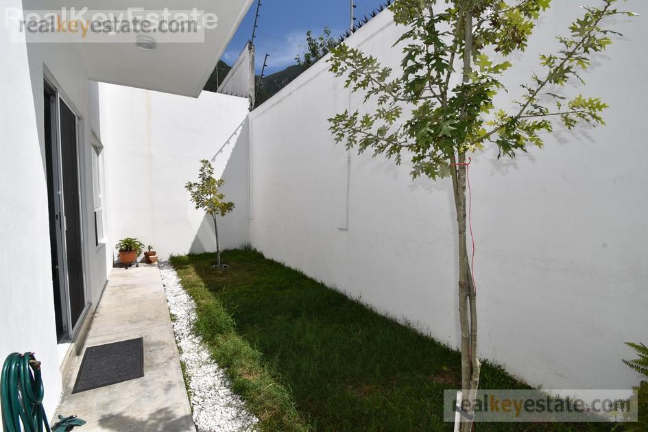 Foto Casa en Venta en  Lomas del Vergel,  Monterrey  CASA EN VENTA EN LOMAS DEL VERGEL, MONTERREY, N.L.
