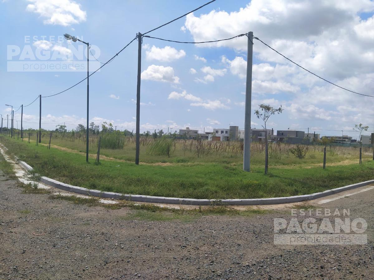 Foto Terreno en Venta en  La Plata ,  G.B.A. Zona Sur  10 e 457 y 458