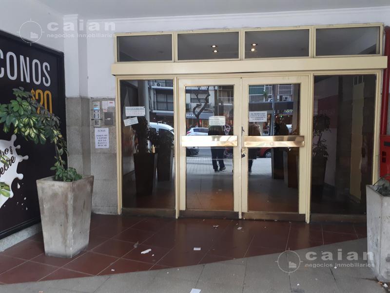 Foto Oficina en Venta en  Caballito ,  Capital Federal  Av. Rivadavia al 5126 17º