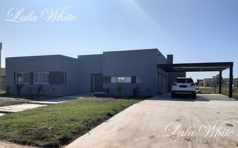 Foto Casa en Venta en  La Alameda,  Canning  Venta - Casa en La Alameda - Canning