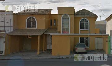 Foto Casa en Venta en  Los Tulipanes,  Saltillo  Venta Casa en Avenida, en Saltillo. Oportunidad Única.