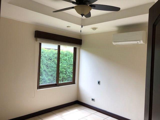 Foto Casa en condominio en Venta | Renta en  Pozos,  Santa Ana  Se alquila Se vende Casa en condominio en Lindora Santa Ana
