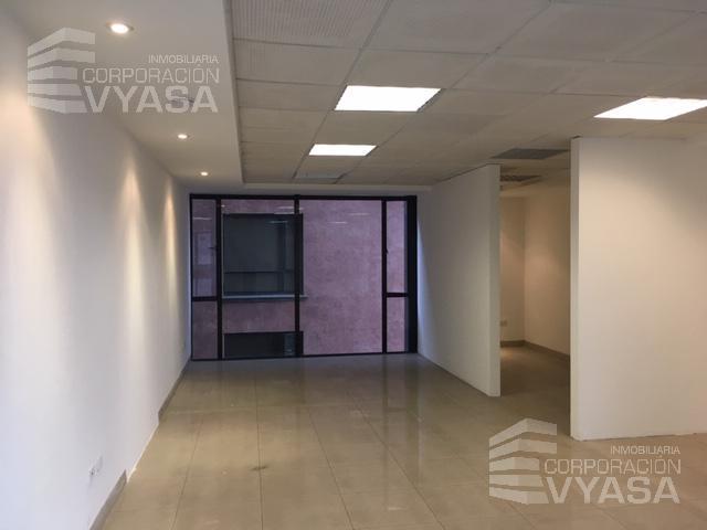 Foto Oficina en Alquiler en  La Carolina,  Quito  Carolina - República de El Salvador, Excelente oficina en arriendo de 71,00 m2