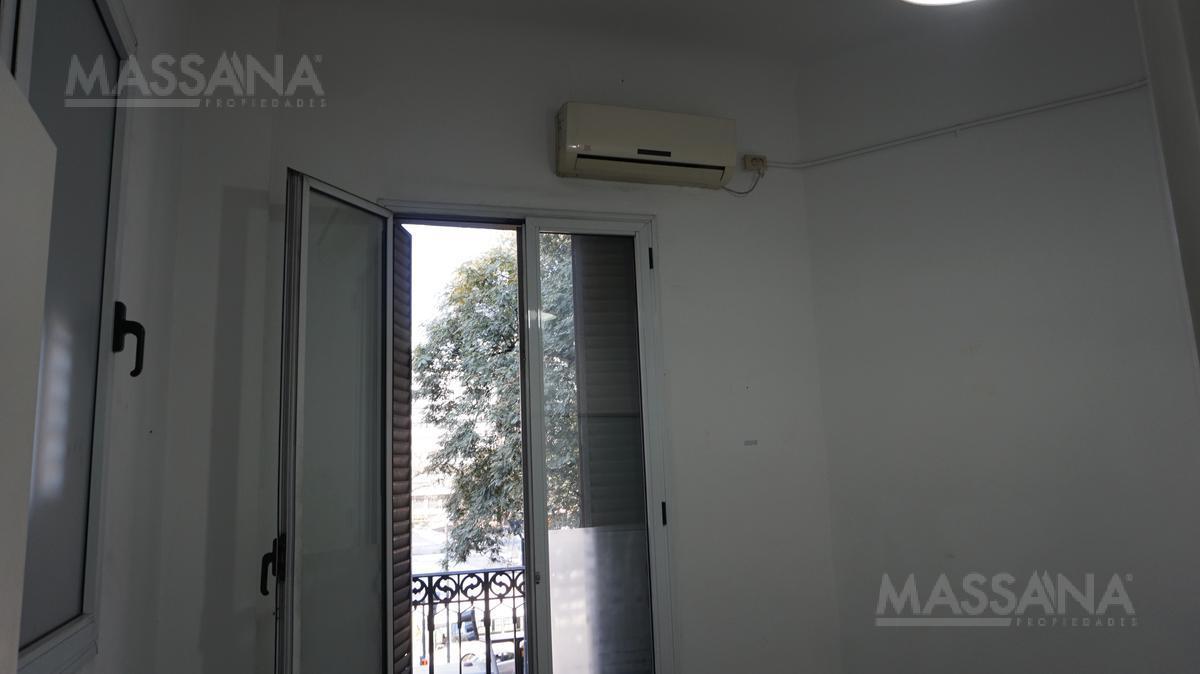 Foto Oficina en Venta en  San Nicolas,  Centro  Sarmiento al 200