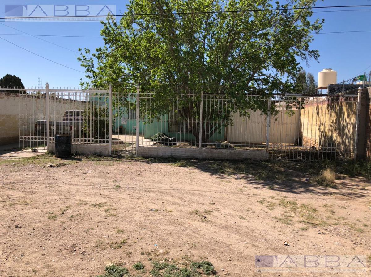 Foto Terreno en Venta en  Chihuahua ,  Chihuahua  Lote comercial con construcción en venta sobre Periférico Francisco R. Almada