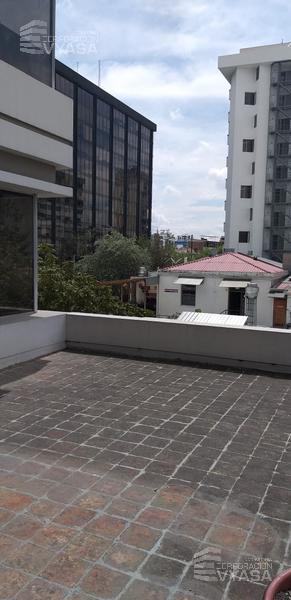 Foto Oficina en Alquiler en  Centro Norte,  Quito  Amazonas - Iglesia Santa Teresita, cerca al C.C. El Espiral Oficina de Renta 42m2  más terraza 50m2