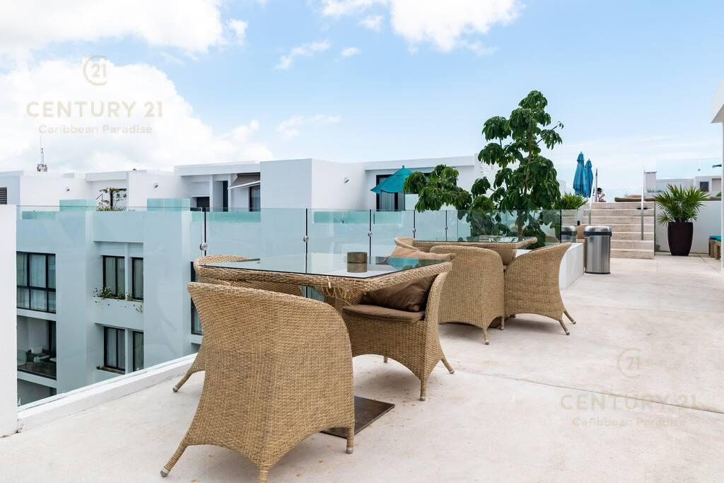 Playa del Carmen Apartment for Sale scene image 17