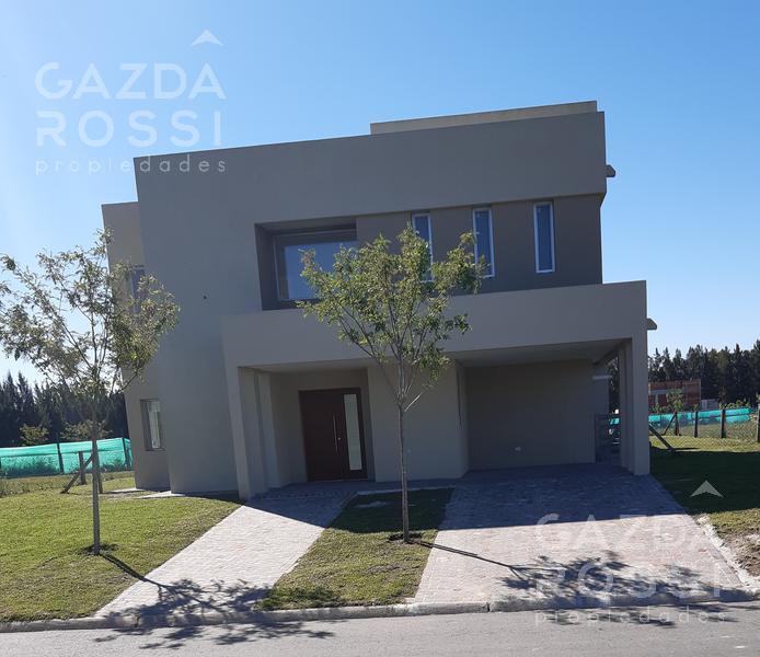 Foto Casa en Venta en  Santa Ines,  Countries/B.Cerrado (E. Echeverría)  Moderna propiedad en Santa Ines