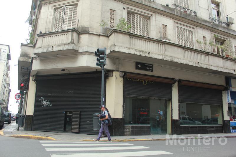 Foto Local en Venta | Alquiler en  Microcentro,  Centro (Capital Federal)  Hipolito Yrigoyen al 600
