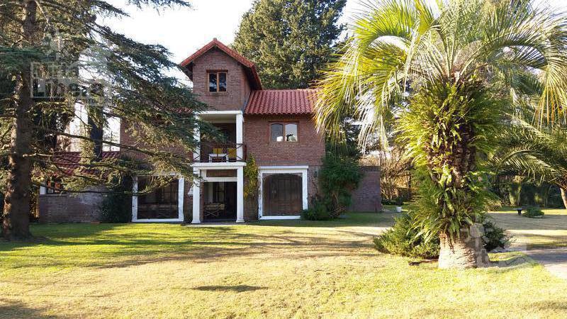 Foto Casa en Venta en  Villa Elisa,  La Plata  Calle 28 esquina 417