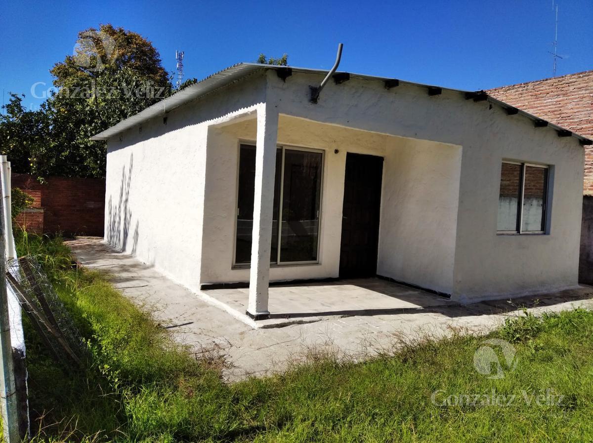 Foto Casa en Alquiler en  Carmelo ,  Colonia  Varela entre Roosevelt y 18 de Julio
