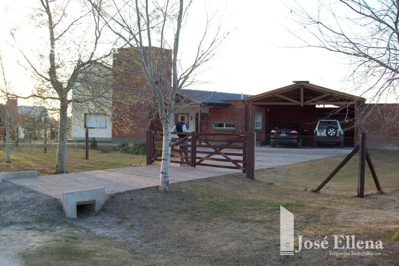 Foto Casa en Venta | Alquiler en  Roldan,  San Lorenzo  Los Raigales Country , Roldán.