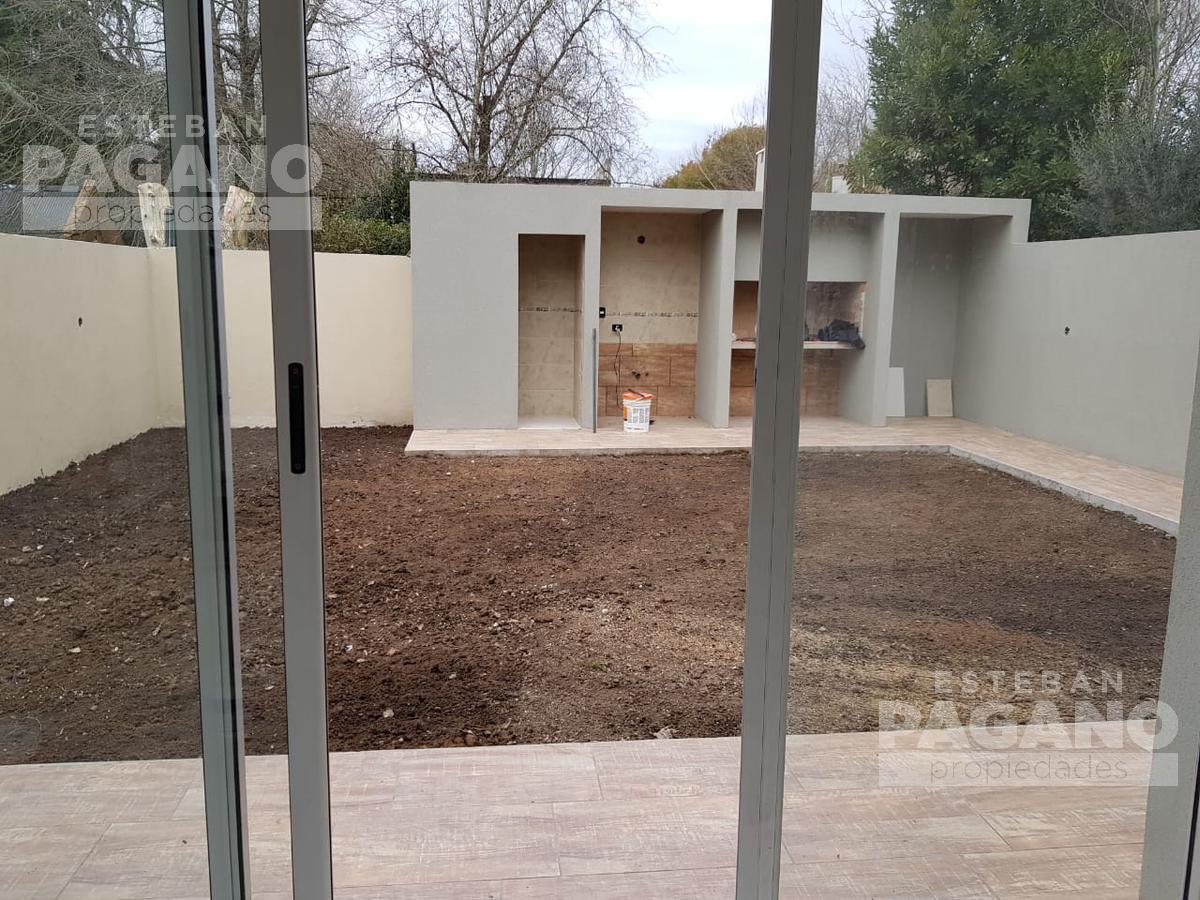Foto PH en Venta en  City Bell,  La Plata      447 e 21 d y 21 c, N° 1454 contrafrente