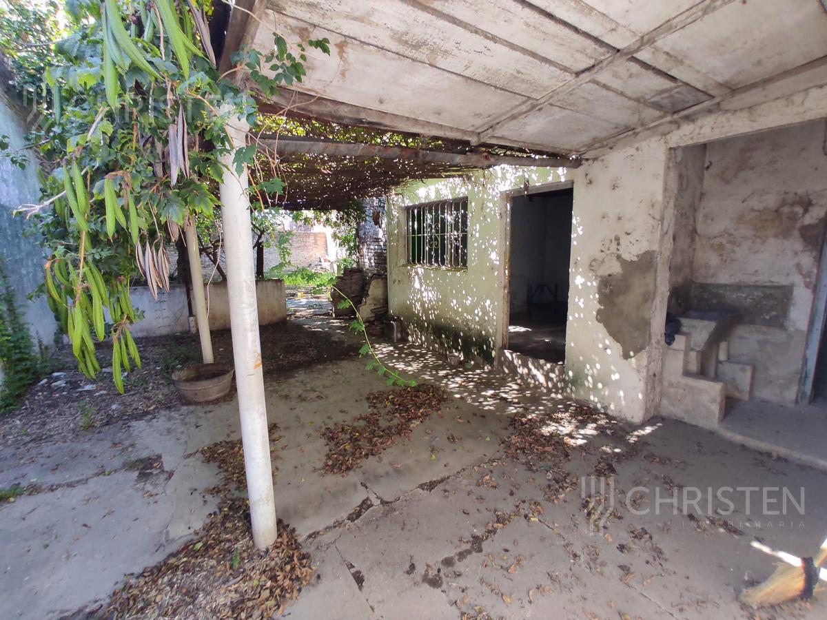 Foto Casa en Venta en  Centenario,  Santa Fe  Rodriguez Saenz Peña al 500