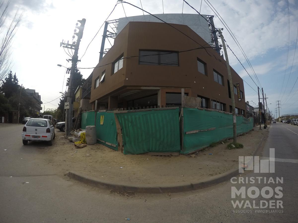 Foto Local en Alquiler en  Ingeniero Maschwitz,  Escobar  Colectora Este Esquina Patricios