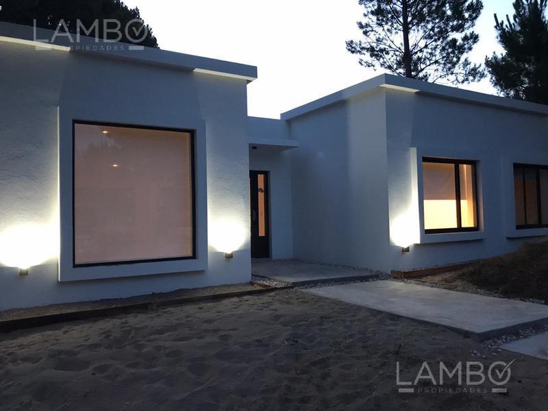 Foto Casa en Venta en  Costa Esmeralda,  Punta Medanos  Venta, Costa Esmeralda