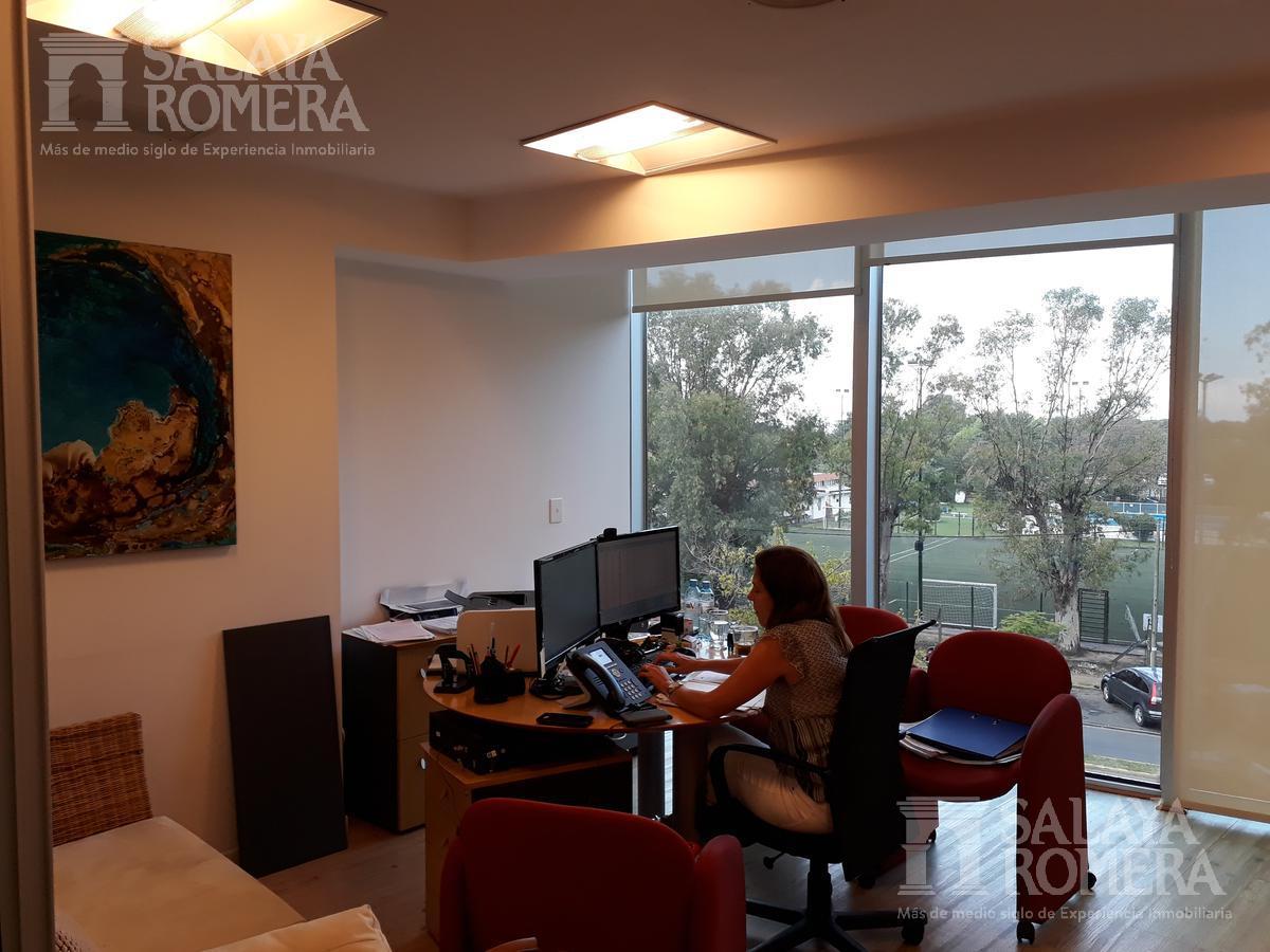 Foto Oficina en Alquiler en  Libertador al Río,  Vicente López  Libertador al Río