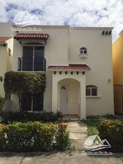 Caribbean Realtors House In Sale In Cancun Casa En Venta En