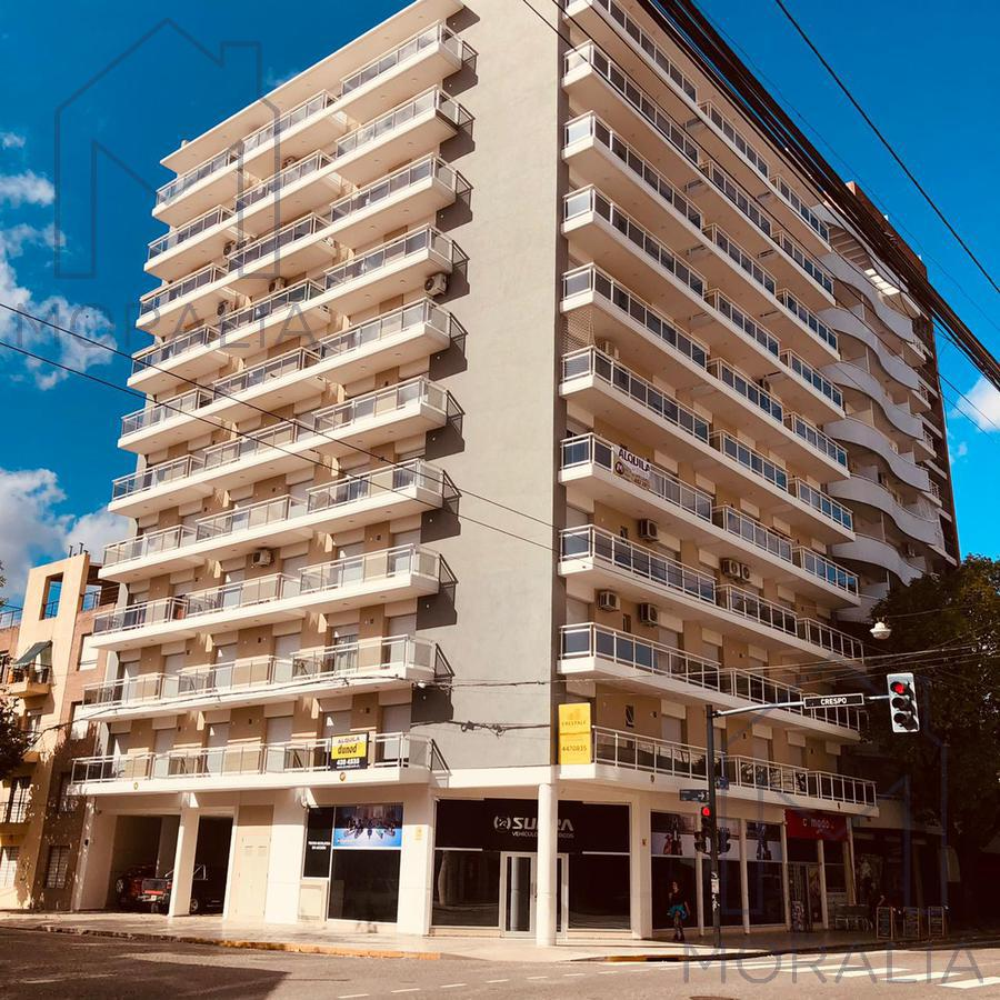 Foto Departamento en Alquiler en  Echesortu,  Rosario  Crespo 1189 10-05
