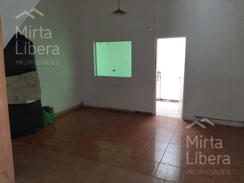 Foto Local en Venta en  La Plata ,  G.B.A. Zona Sur  66 e/ 7 y 8