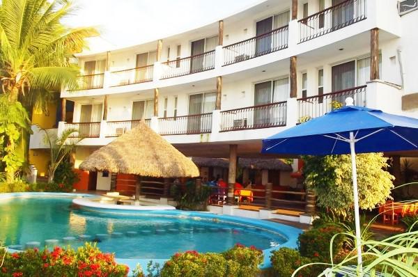 Foto Hotel en Venta en  Pueblo Teacapan,  Escuinapa  HOTEL  EN TEACAPAN,SINALOA. EXCELENTES CONDICIONES. OPERANDO. A SOLO $15,180,000.00 pesos