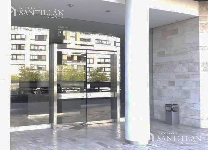 Foto Oficina en Alquiler en  Puerta Norte,  El Portal  Puerta Norte, Nordelta   Oficina