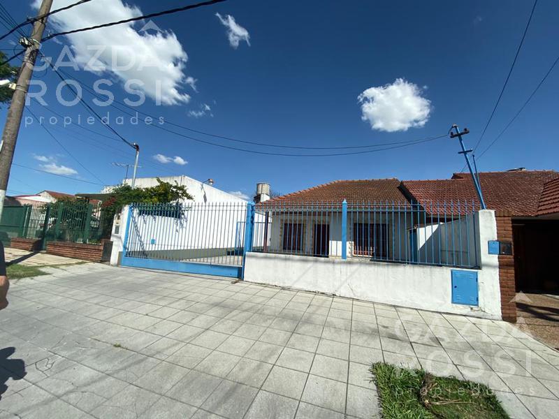 Foto Depósito en Venta en  Llavallol,  Lomas De Zamora  Cuyo al 100