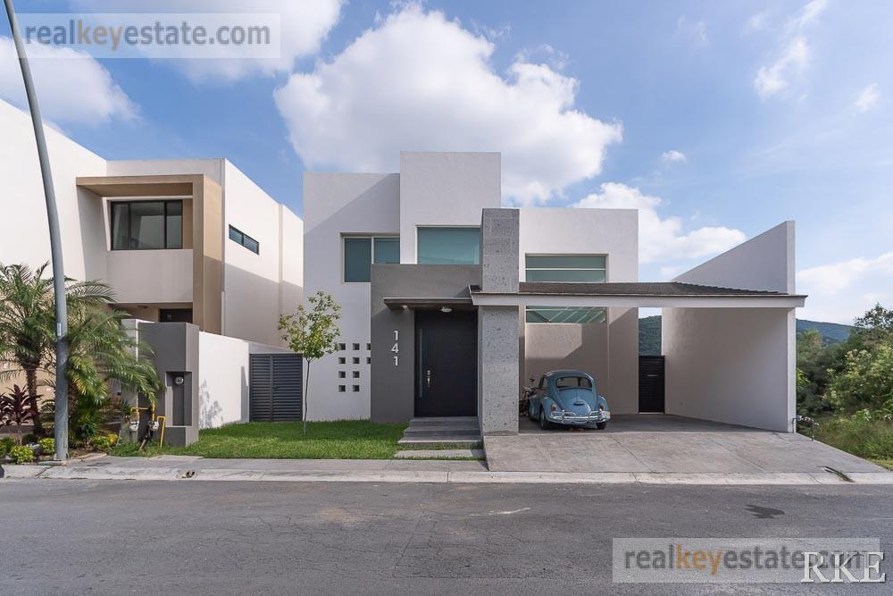 Foto Casa en Renta en  Carolco,  Monterrey  CASA EN RENTA AMUEBLADA EN CAROLCO, MONTERREY N.L.