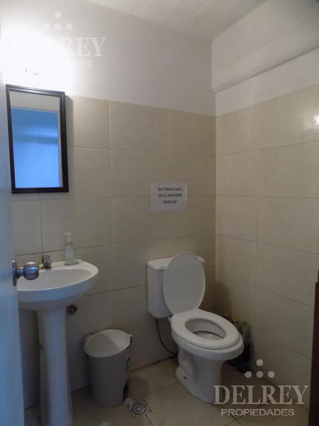 Foto Depósito en Alquiler en  Villa Muñoz ,  Montevideo  Prox a Zona Mayorista