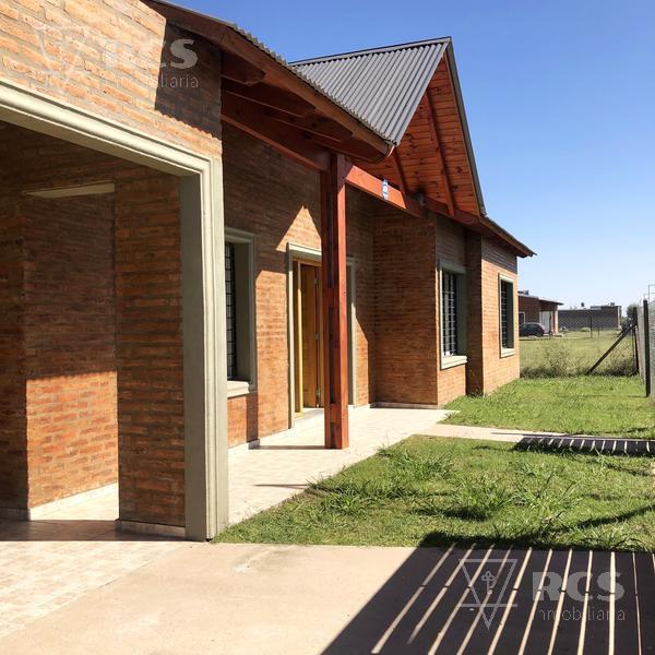 Foto Casa en Venta |  en  Funes,  Rosario  Funes NORTE