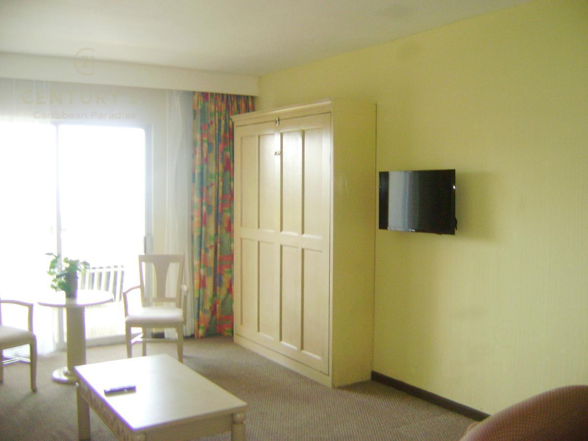 Zona Hotelera PH for Venta scene image 7