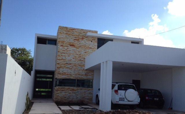 Casa en Venta estilo minimalista en Mérida