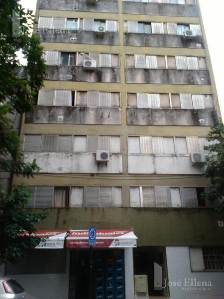 Foto Departamento en Alquiler en  Rosario ,  Santa Fe  JUAN MANUEL DE ROSAS al 1400