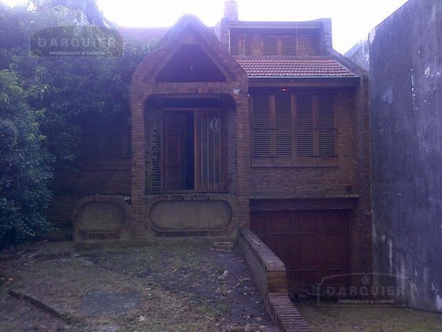 Foto Casa en Venta en  Adrogue,  Almirante Brown  TOLL 1307